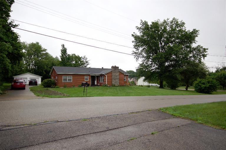 real estate photo 1 for 1861 Hart Dr Hebron, KY 41048