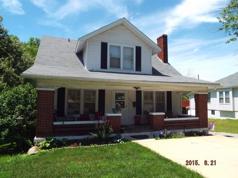 real estate photo 1 for 619 N Main St Williamstown, KY 41097