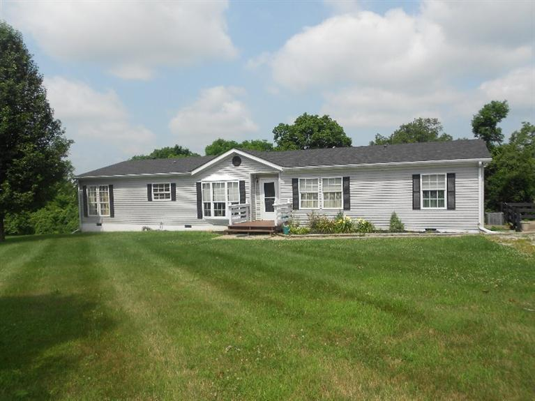 real estate photo 1 for 950 Heritage Dr Sparta, KY 41086