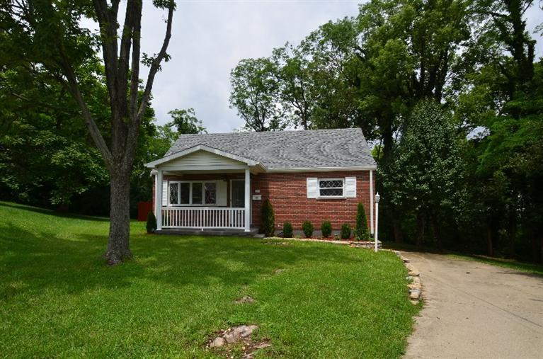 real estate photo 1 for 27 Ridge View Ave Florence, KY 41042