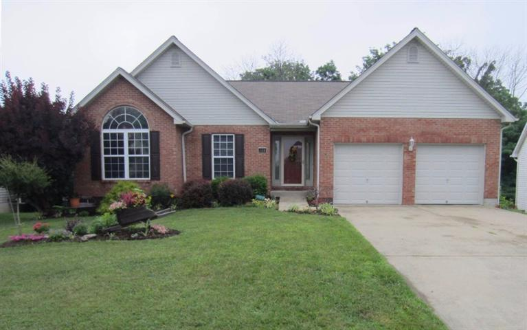real estate photo 1 for 644 Buckshire Glen Florence, KY 41042