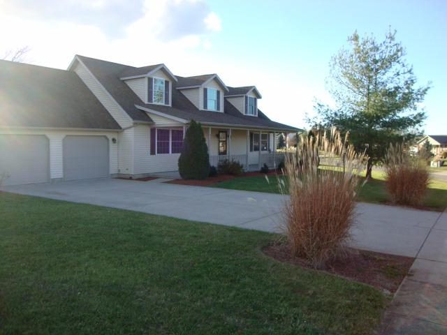 real estate photo 1 for 230 Claiborne Dr Dry Ridge, KY 41035