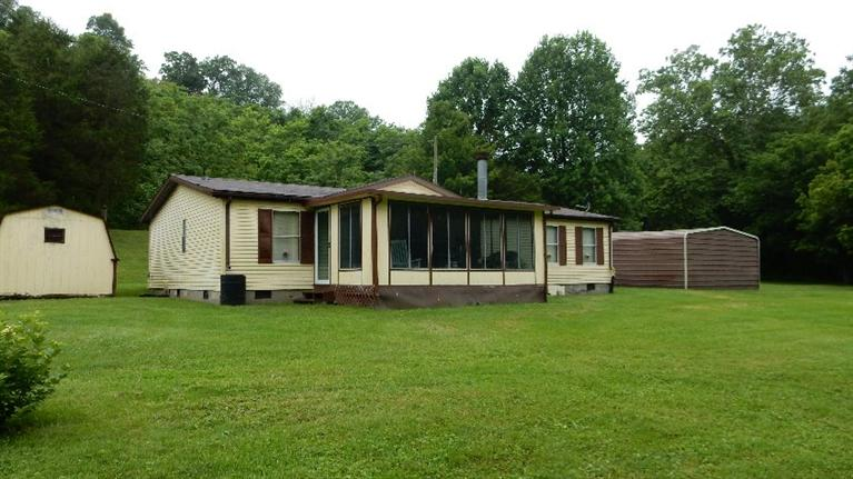 real estate photo 1 for 2865 Old Owenton Georgetown Rd Owenton, KY 40359