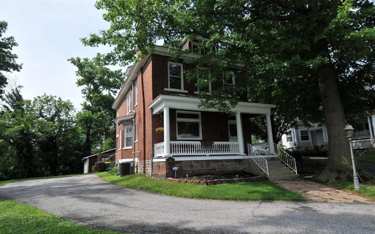 real estate photo 1 for 223 Sterrett Ave Covington, KY 41014
