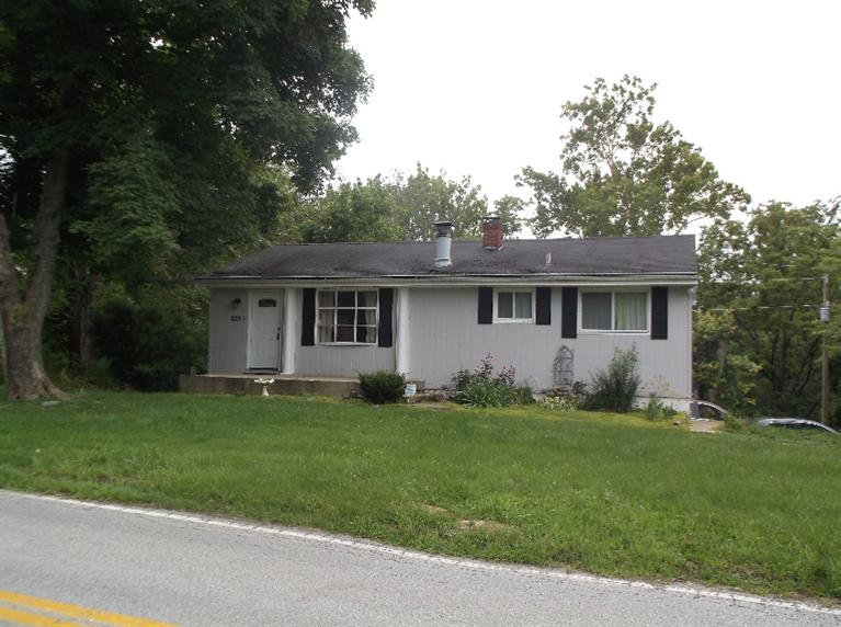 real estate photo 1 for 829 Cox Rd Independence, KY 41051