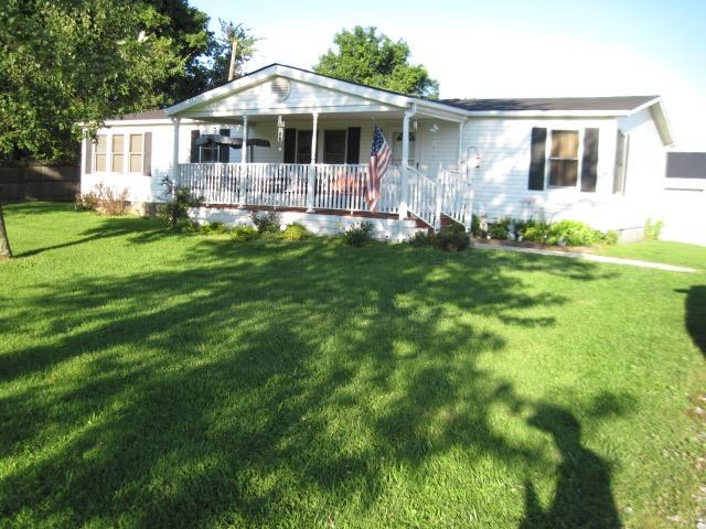 real estate photo 1 for 15945 New Columbus Rd Corinth, KY 41010