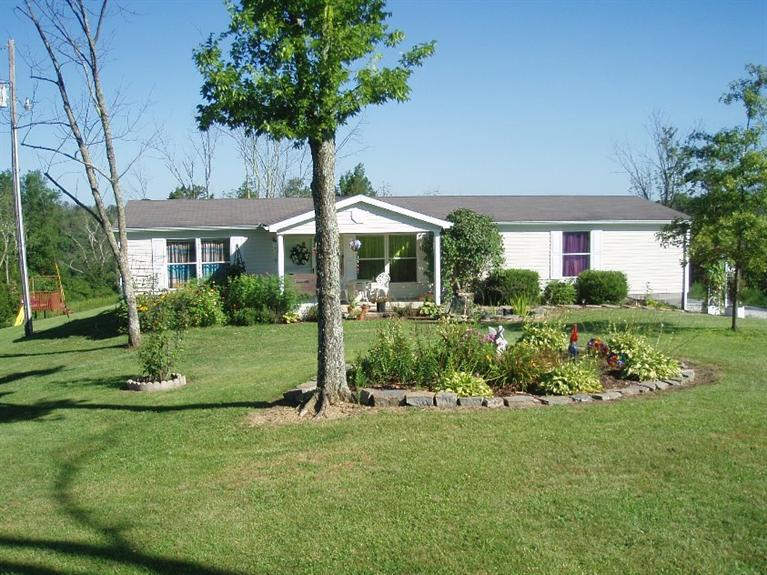 real estate photo 1 for 790 Salem Ridge Rd Brooksville, KY 41004