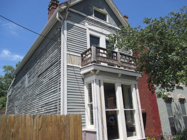 Photo 1 for 210 E 8th St Covington, KY 41011