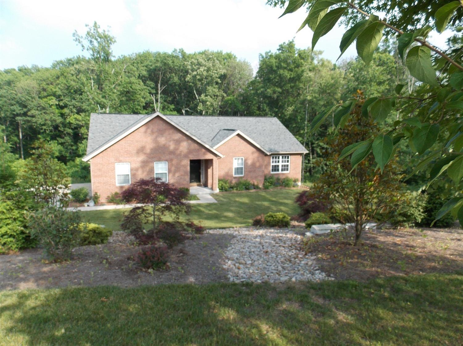 real estate photo 1 for 605 Kenney Rd Dry Ridge, KY 41035