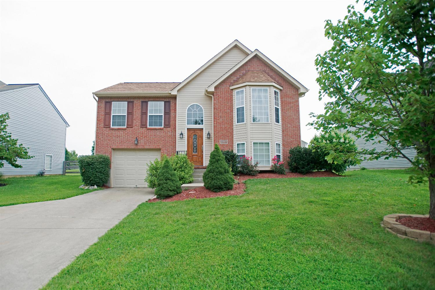real estate photo 1 for 2812 Donjoy Dr Hebron, KY 41048