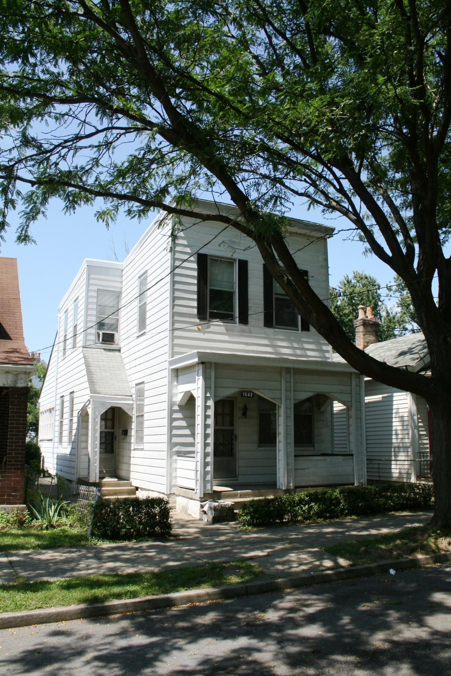 real estate photo 1 for 1543 Woodburn Ave Covington, KY 41011