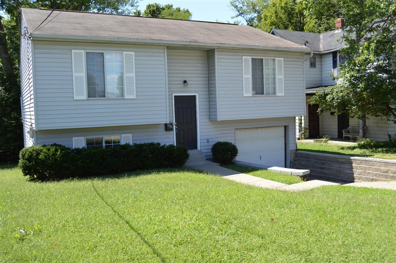 real estate photo 1 for 9 Lexington Ave, A Florence, KY 41042
