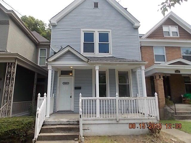 real estate photo 1 for 2034 Greenup St Covington, KY 41014
