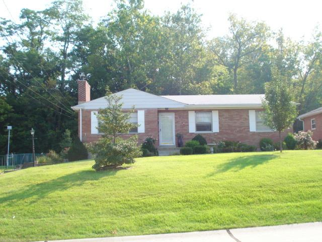 Photo 1 for 1402 Vidot Ct Fort Wright, KY 41011