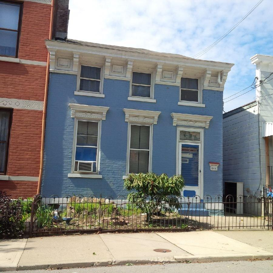 real estate photo 1 for 911 Philadelphia St Covington, KY 41011