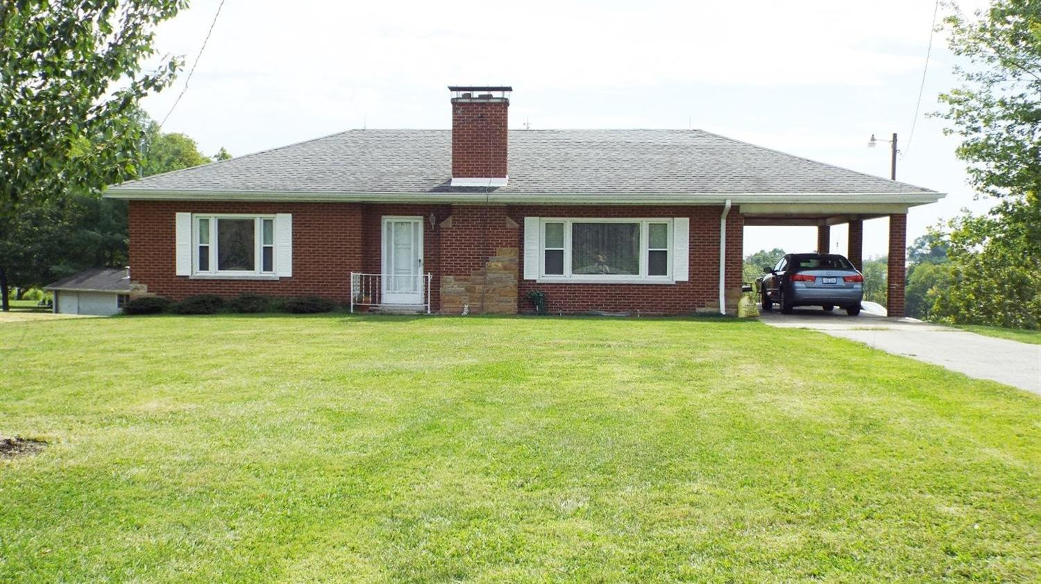 real estate photo 1 for 1423 Walton Nicholson Rd Walton, KY 41094
