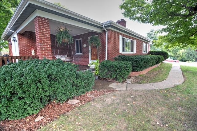 real estate photo 1 for 5222 Woodland Dr Taylor Mill, KY 41015