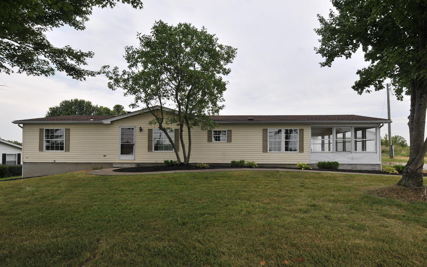 real estate photo 1 for 3915 Ky Highway 16 Verona, KY 41046