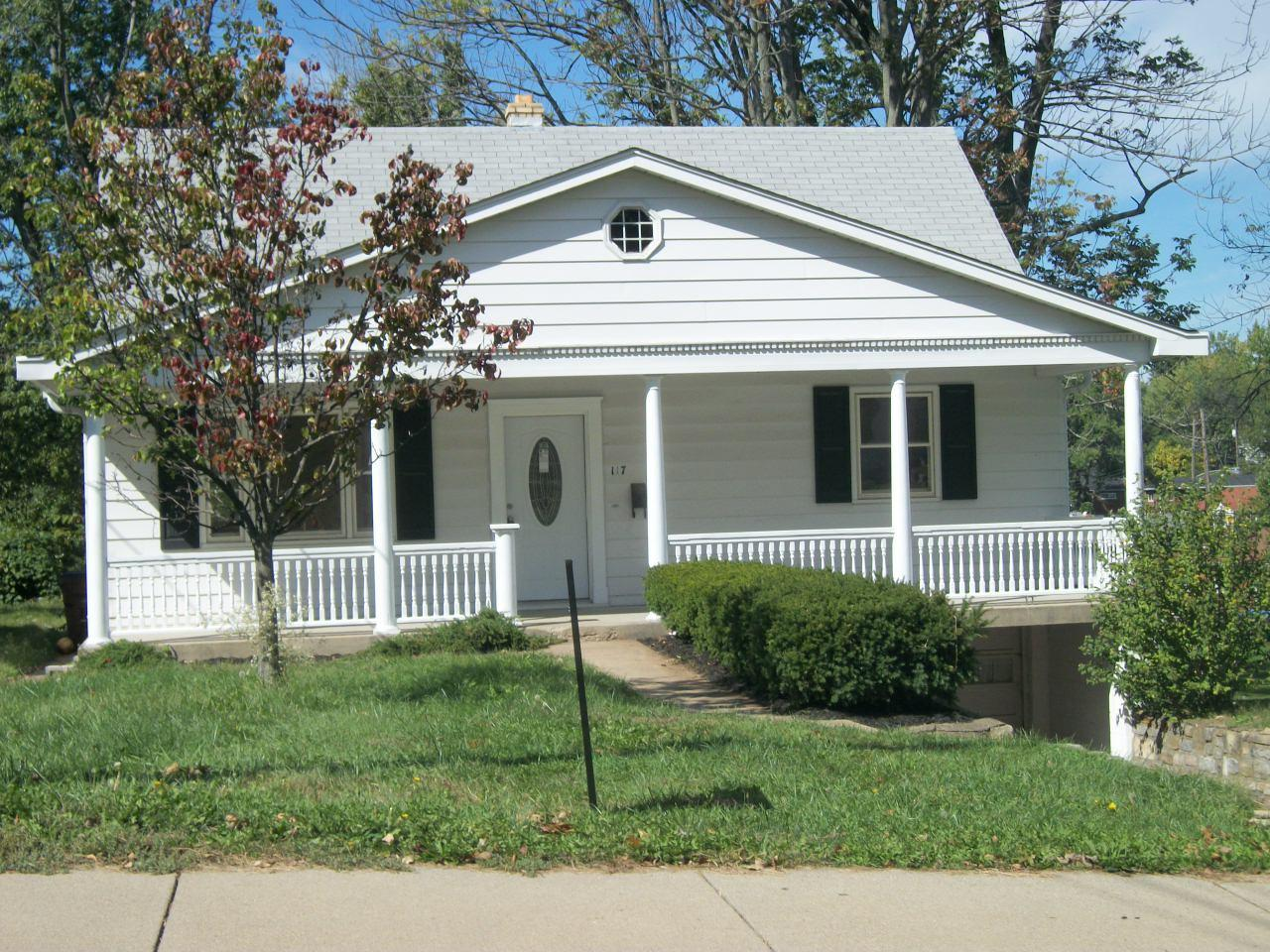 real estate photo 1 for 117 Roger Ln Florence, KY 41042