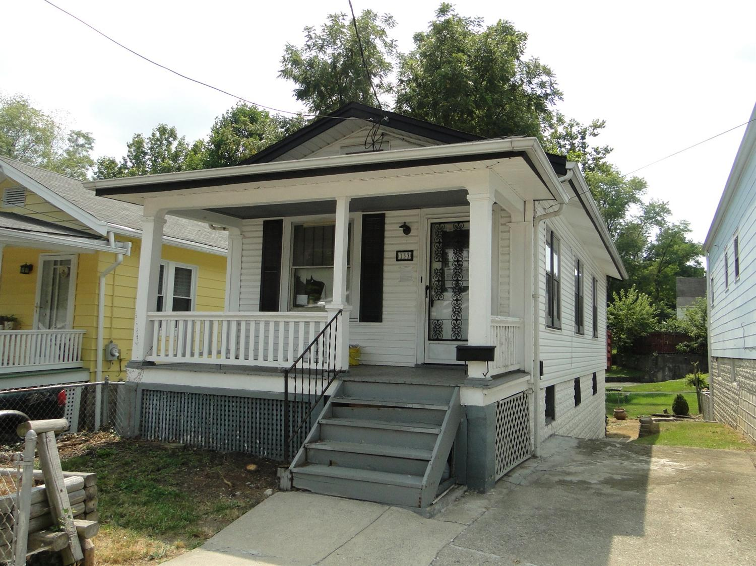 real estate photo 1 for 133 Daniels St Latonia, KY 41015