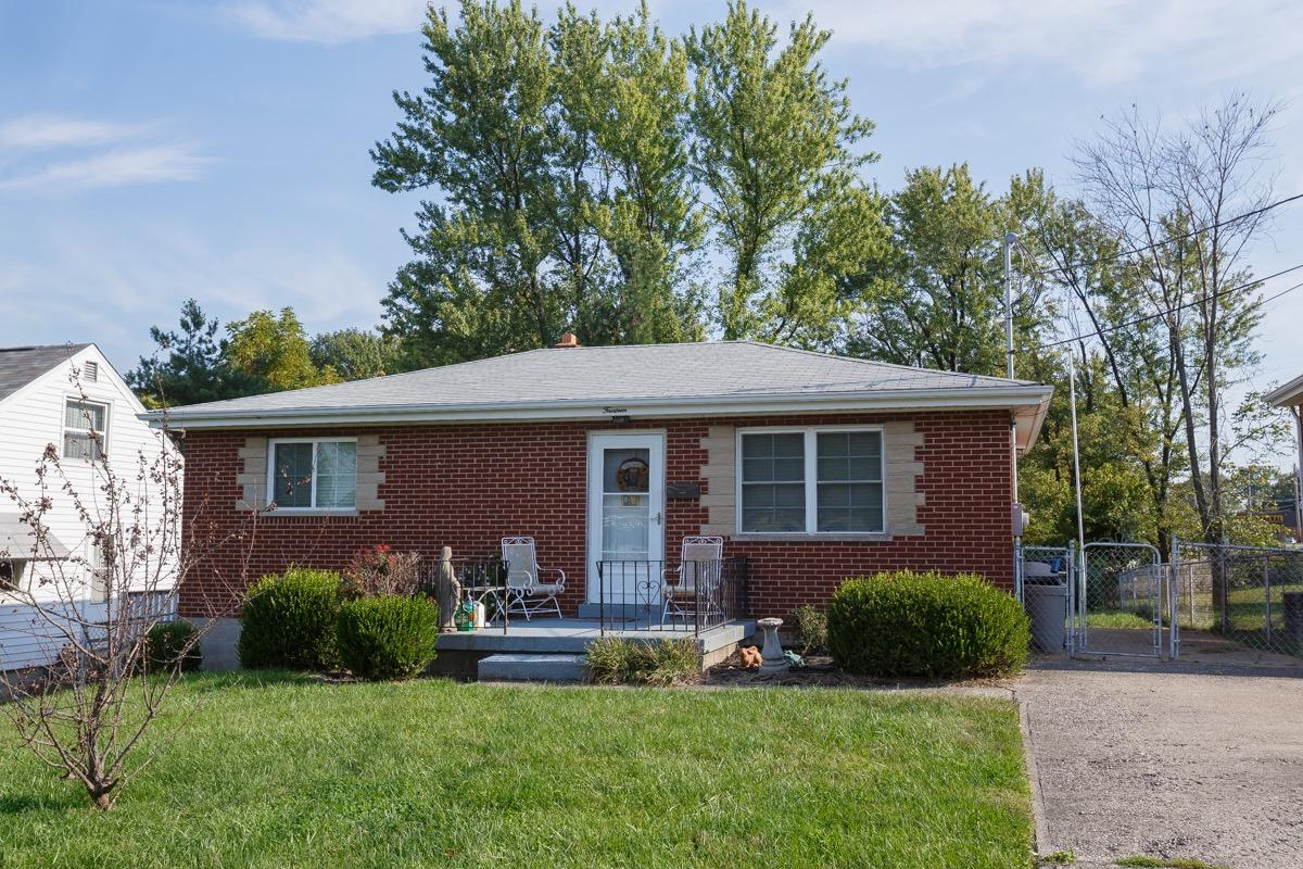 real estate photo 1 for 14 Orchard Dr Florence, KY 41042