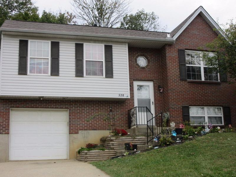 real estate photo 1 for 528 Game Ct Elsmere, KY 41018