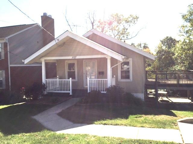 real estate photo 1 for 1127 Cecelia Ave Park Hills, KY 41011
