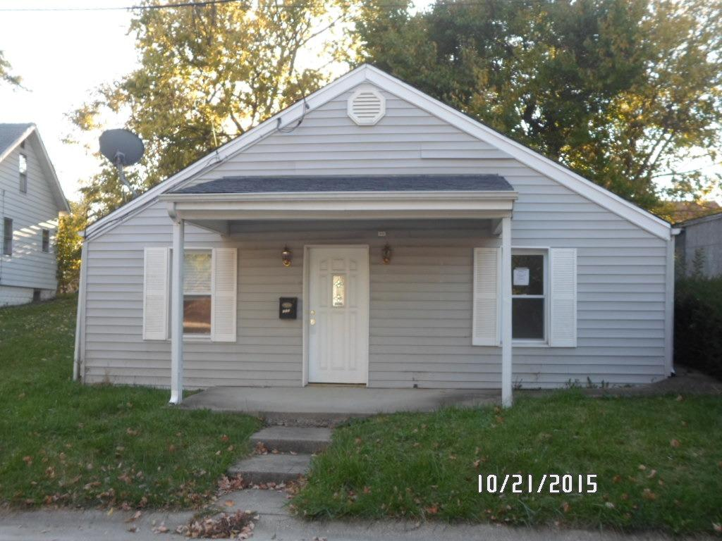 real estate photo 1 for 110 Vine St Elsmere, KY 41018