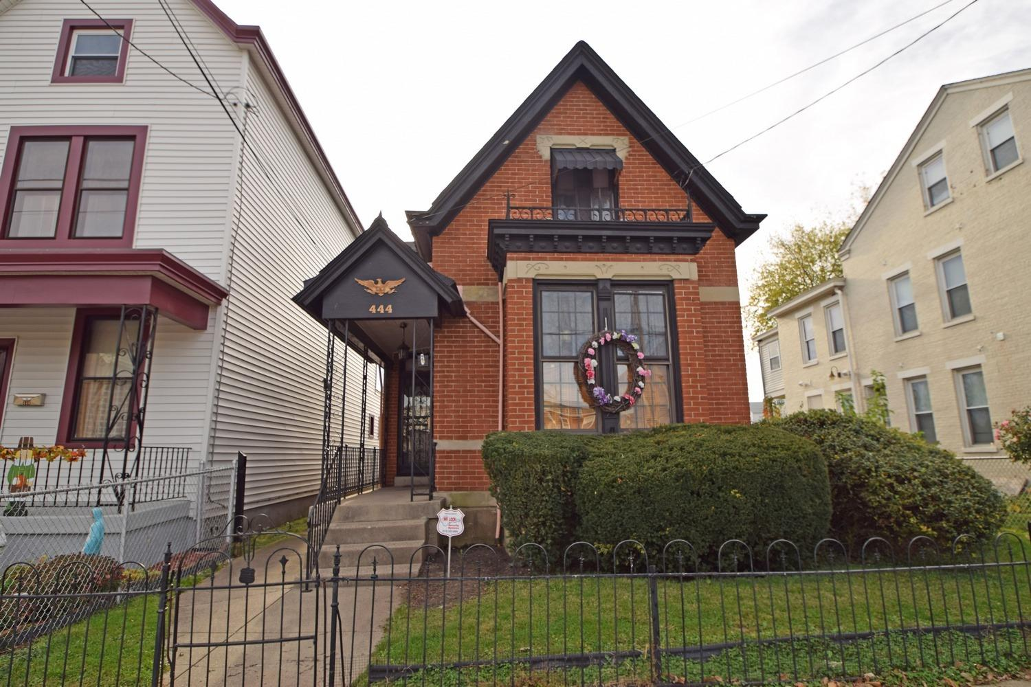 444 Berry Ave