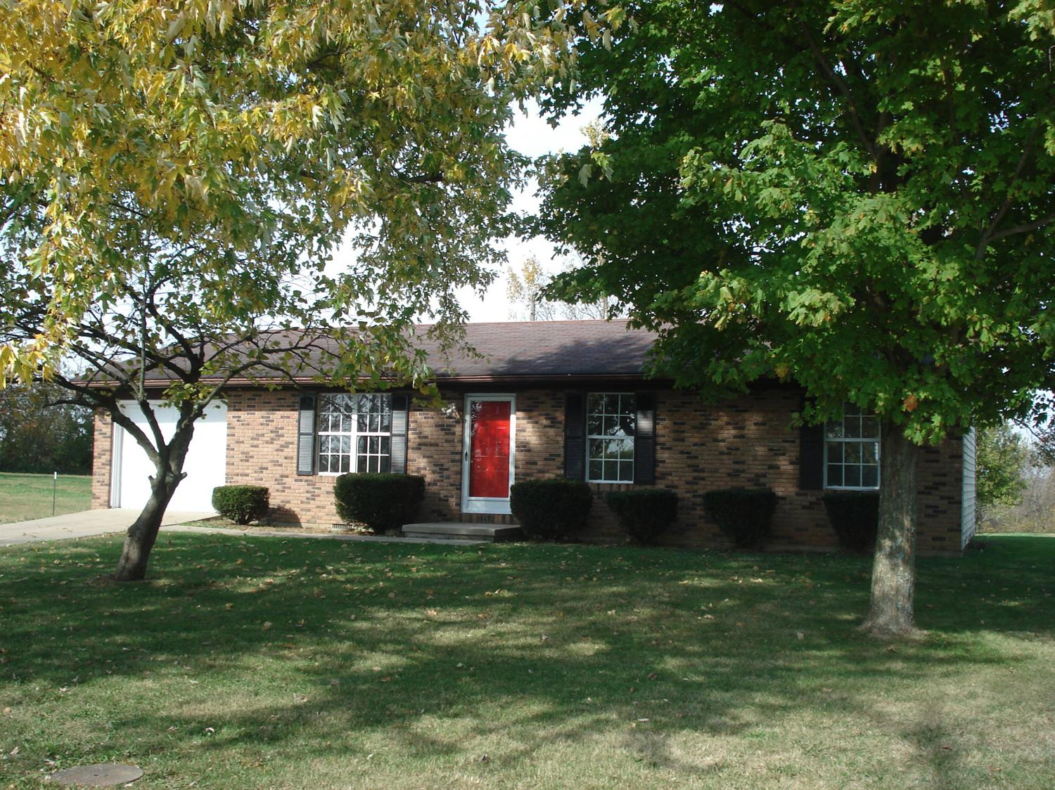 real estate photo 1 for 199 Northside Dr Cynthiana, KY 41031
