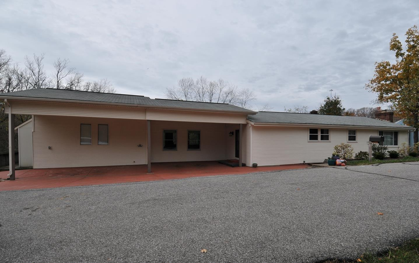 real estate photo 1 for 2312 Wilson Rd Highland Heights, KY 41076