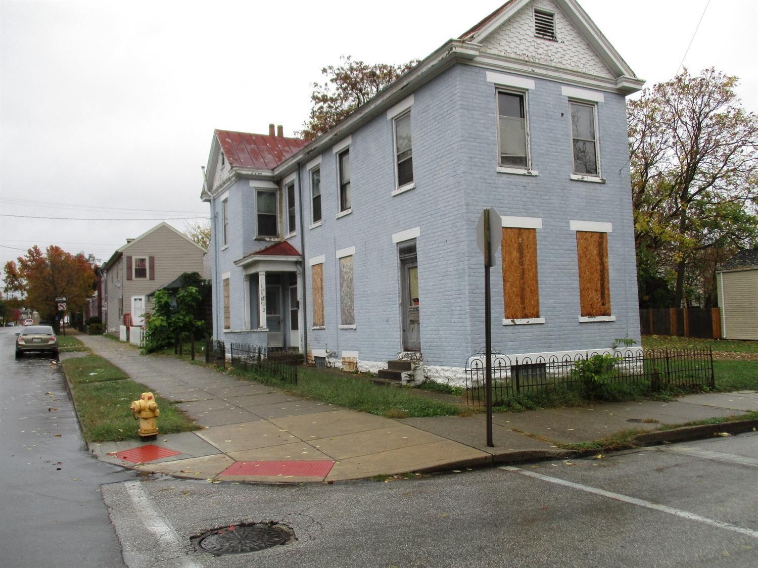real estate photo 1 for 302 Pleasant St Covington, KY 41011