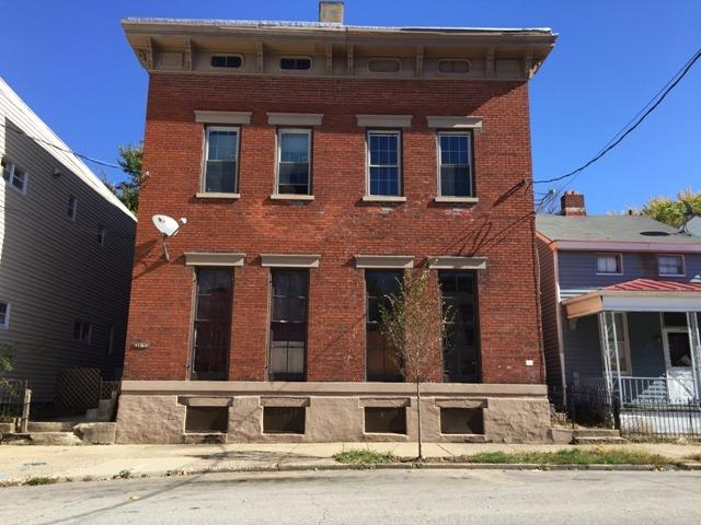real estate photo 1 for 1126 Holman Ave, 28 Covington, KY 41011