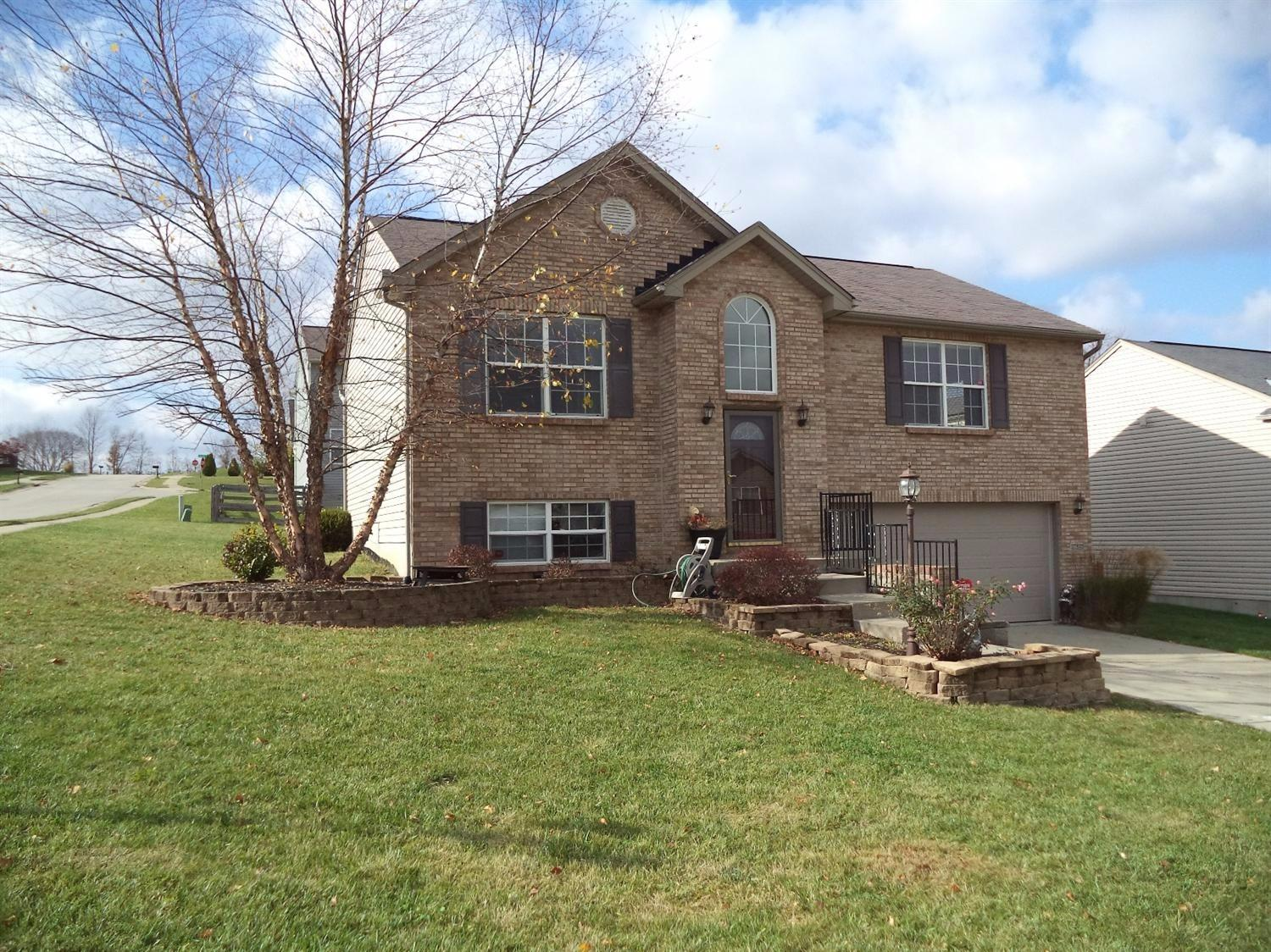 real estate photo 1 for 6628 Tiger Ct Florence, KY 41042