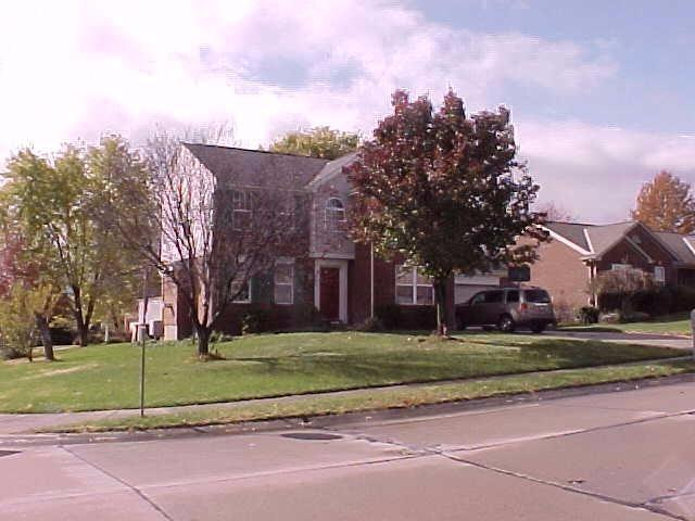 real estate photo 1 for 8756 Sentry Dr Florence, KY 41042