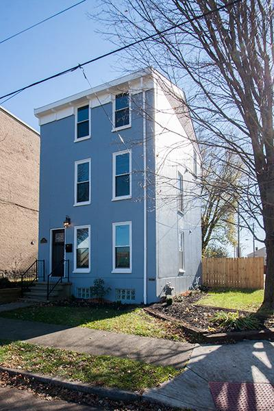 real estate photo 1 for 243 W Robbins St Covington, KY 41011