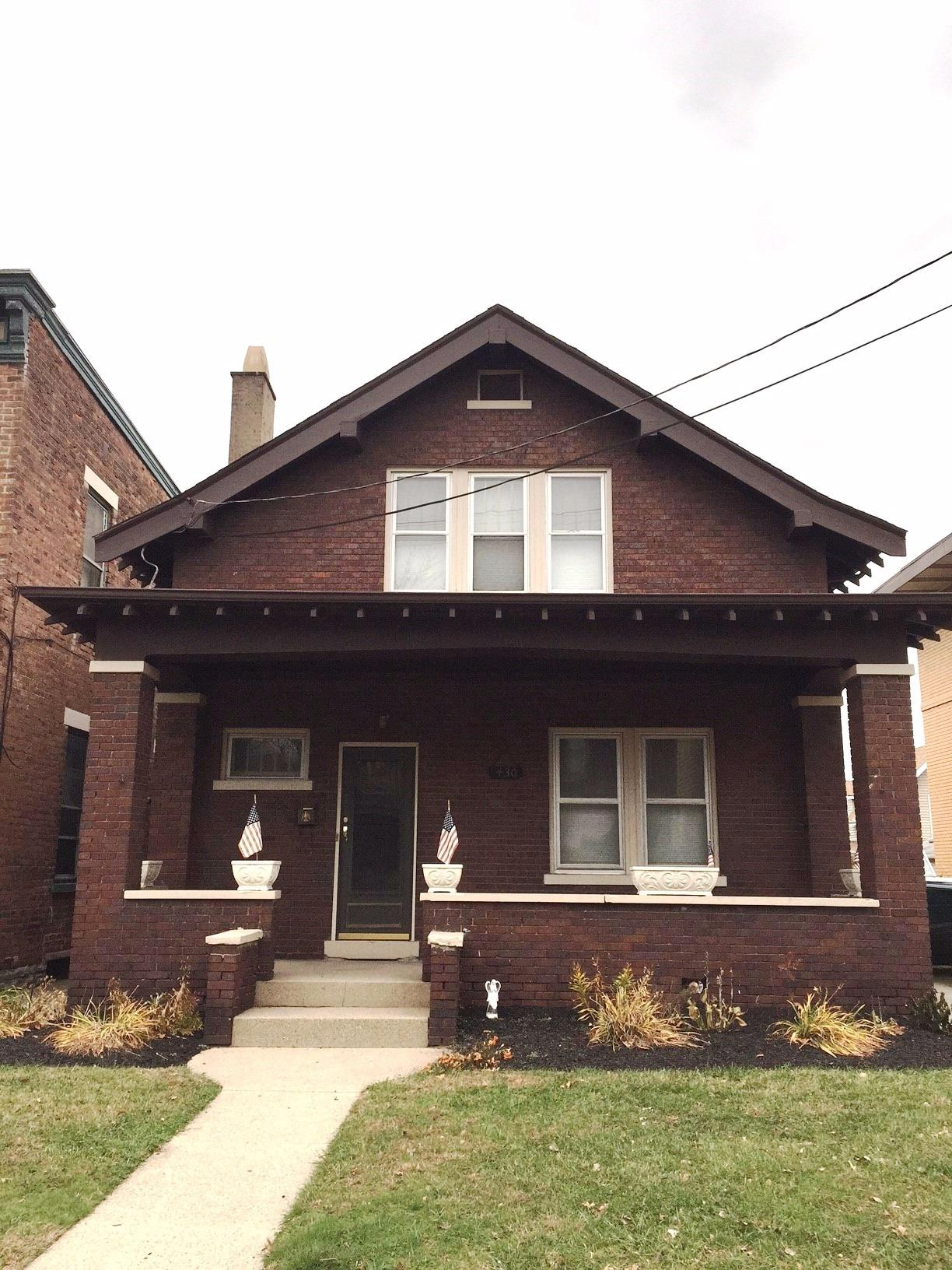 real estate photo 1 for 430 Elm St Ludlow, KY 41016