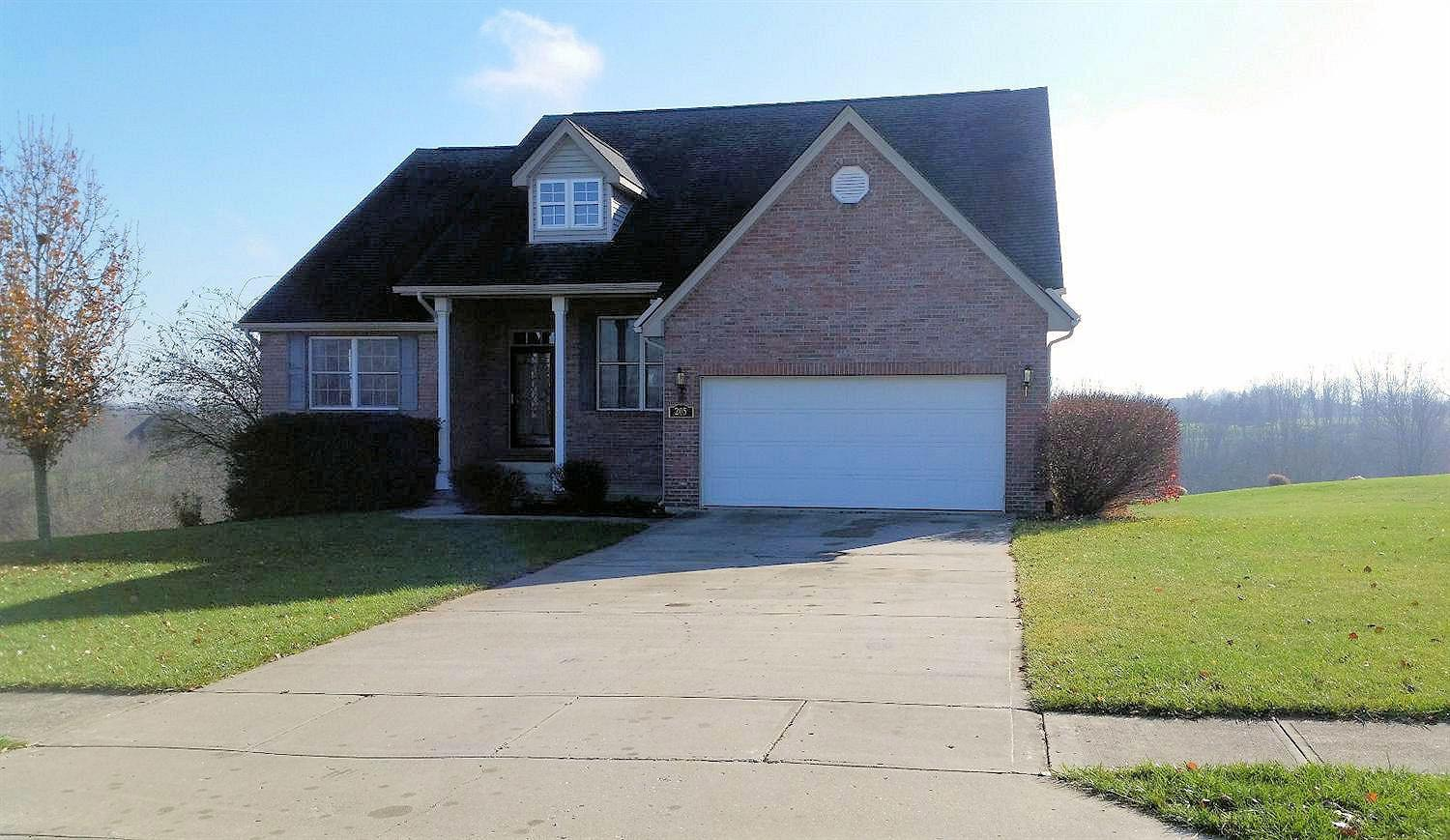 real estate photo 1 for 205 Lexington Trl Dry Ridge, KY 41035
