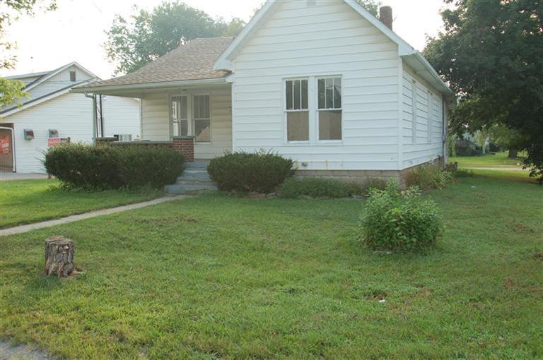 real estate photo 1 for 1203 1207 W Shelby St Falmouth, KY 41040