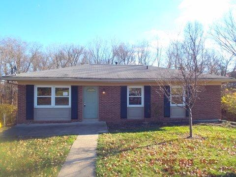 real estate photo 1 for 8 Ridgeport Dr Covington, KY 41017