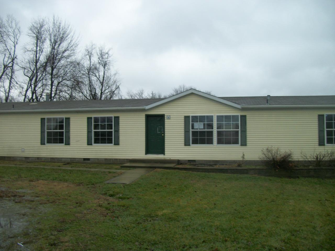 real estate photo 1 for 3232 Moffett Rd Morning View, KY 41063