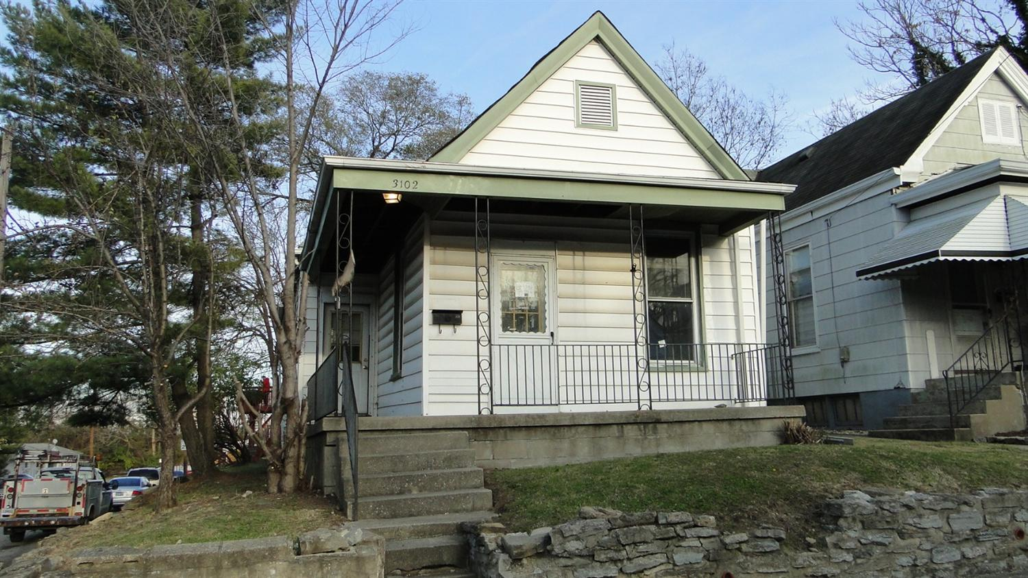 real estate photo 1 for 3102 Frazier St Covington, KY 41015