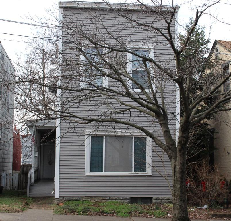 real estate photo 1 for 924 Monroe St Newport, KY 41071