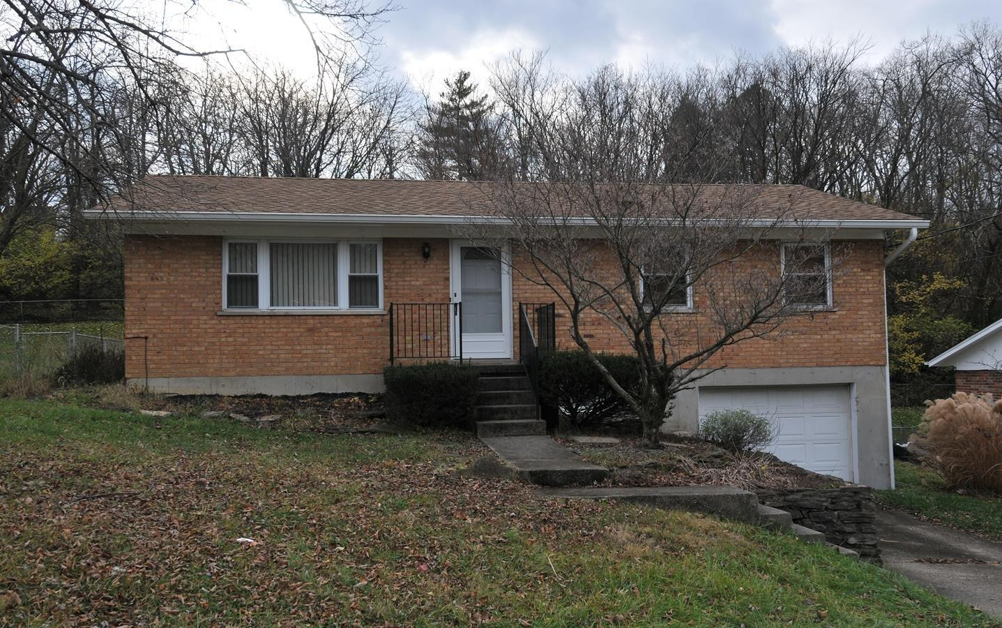 real estate photo 1 for 2243 Hanser Dr Covington, KY 41011