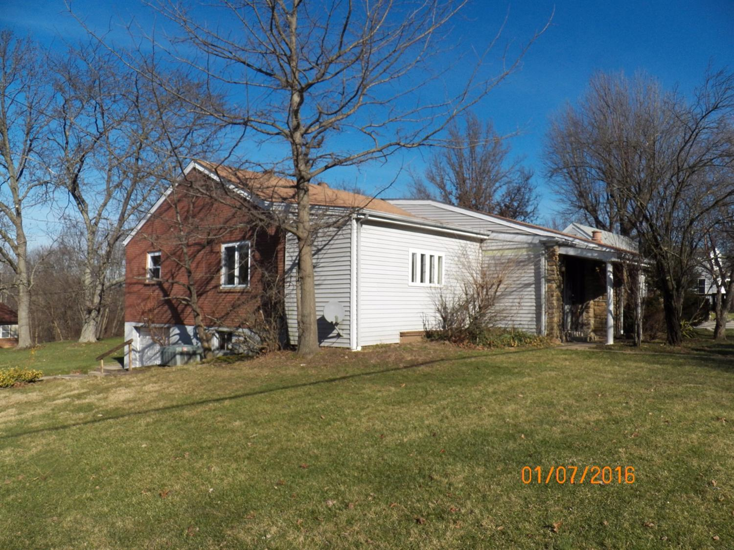 real estate photo 1 for 922 Ridgeview Dr Florence, KY 41042