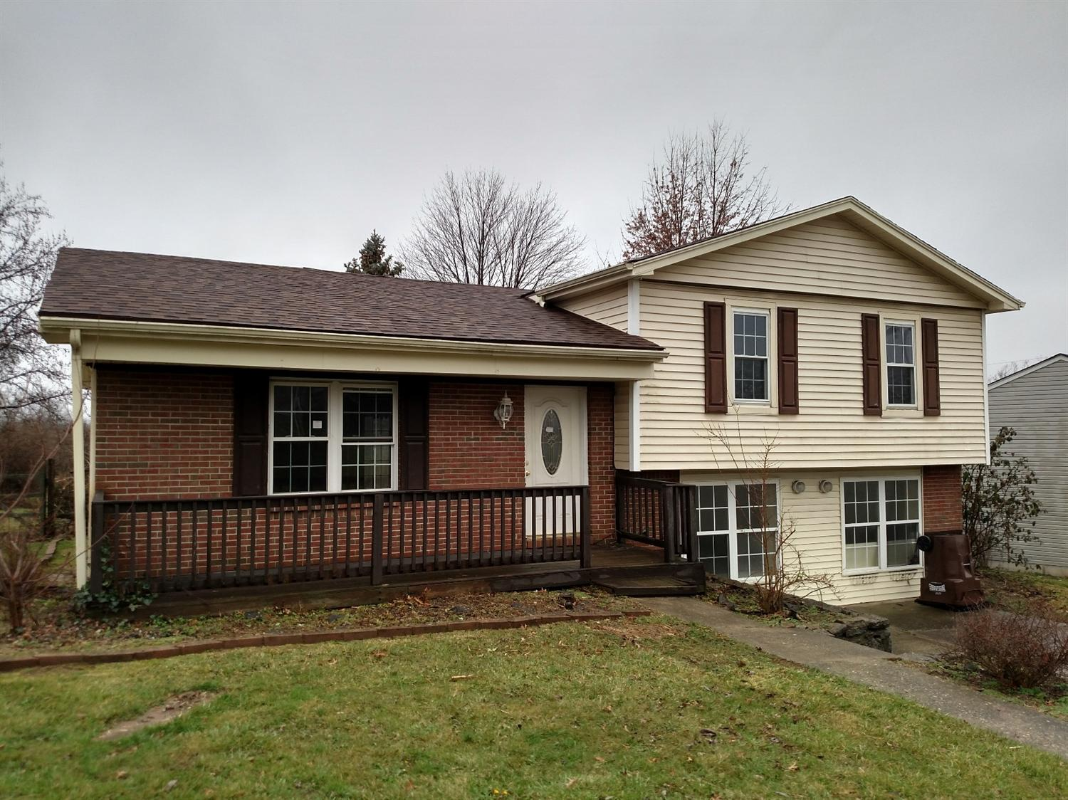 Photo 1 for 3 Willowood Ln Walton, KY 41094