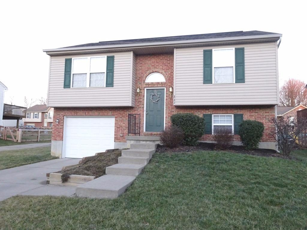 real estate photo 1 for 847 Virginiabradford Ct Elsmere, KY 41018