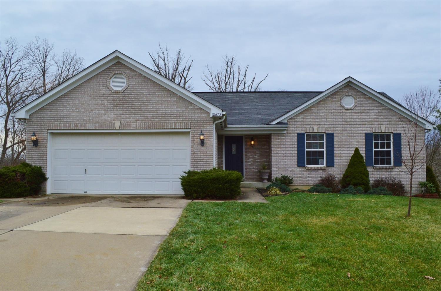 real estate photo 1 for 10678 Blue Spruce Ln Independence, KY 41051