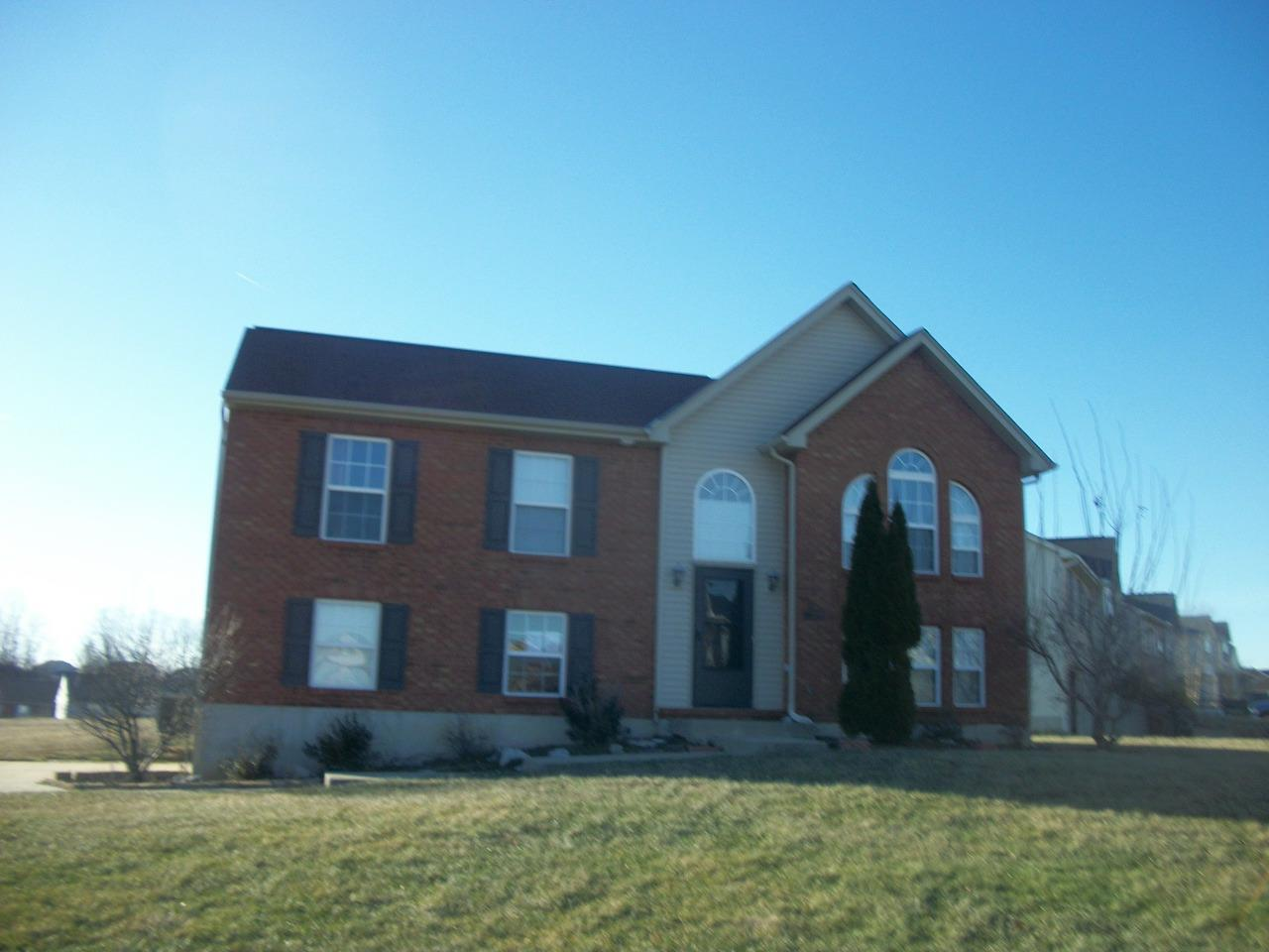 real estate photo 1 for 10364 Sharpsburg Dr Independence, KY 41051