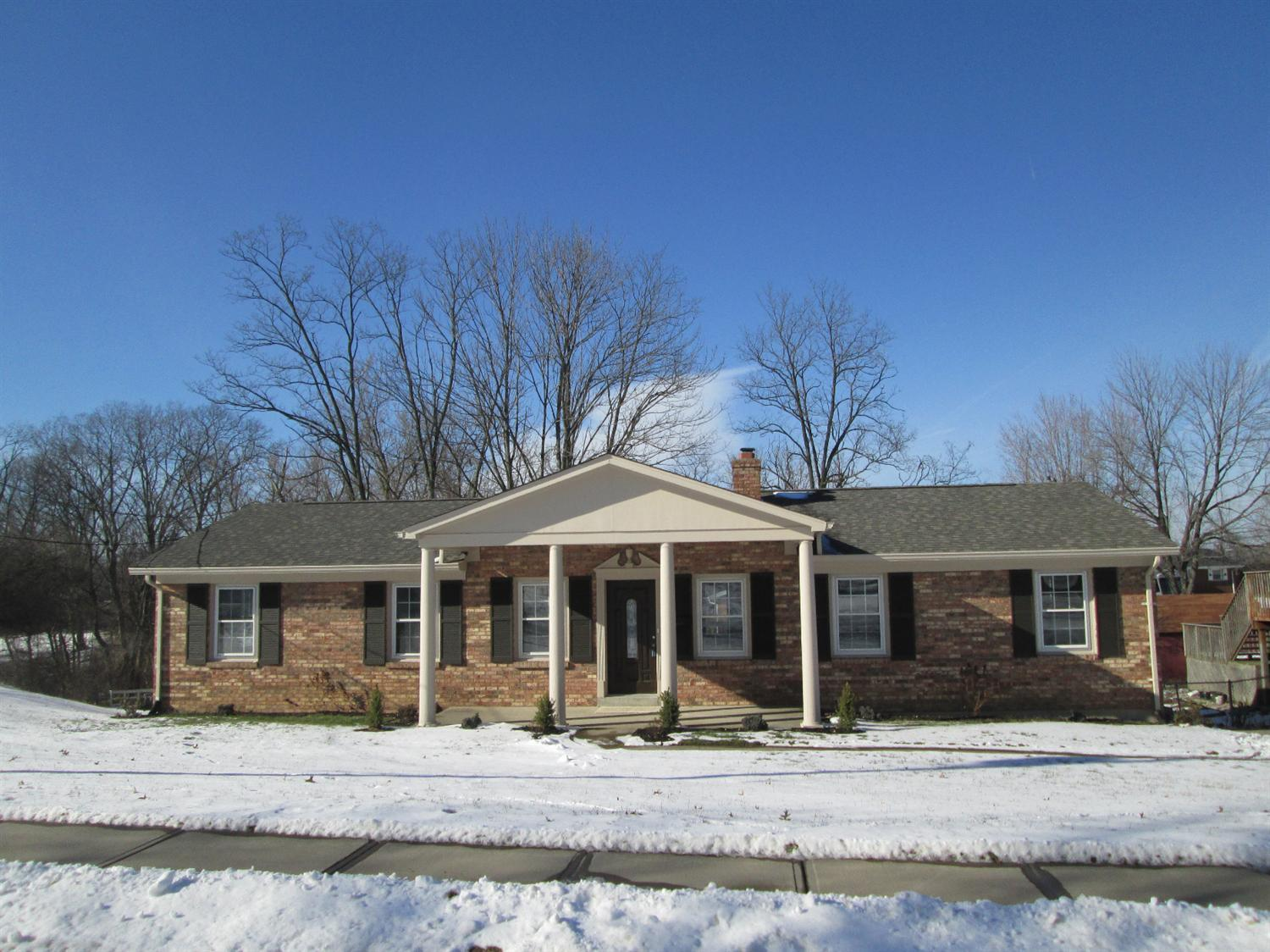 real estate photo 1 for 104 Colonial Dr Florence, KY 41042